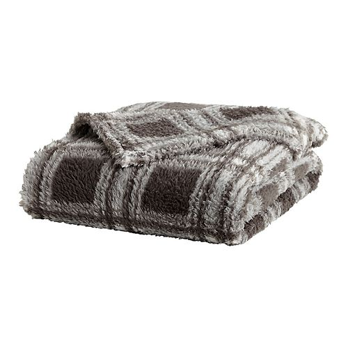 Great Bay Home Buffalo Check Oversize Velvet Plush Throw