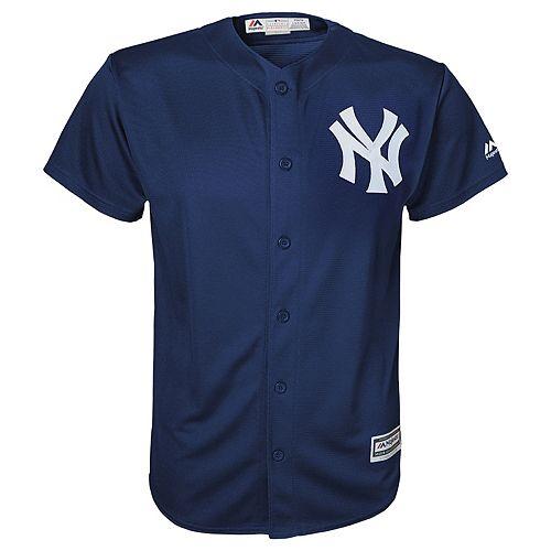 Boys 8-20  New York Yankees Replica Jersey