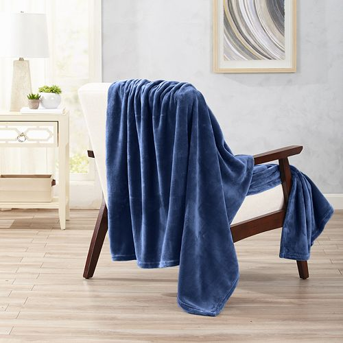 Oversized Ultra Plush Solid Throw