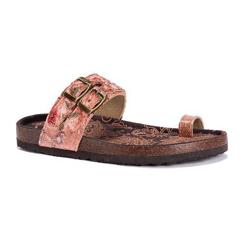 MUK LUKS Women's Daisy Sandals