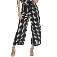 Juniors' Live To Be Spoiled Cropped Pull On Pants
