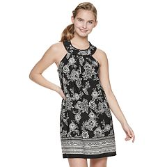Juniors' Three Pink Hearts High Neck Cameo Shift Dress