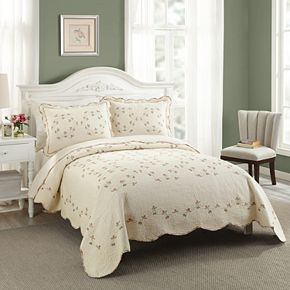 Modern Heirloom Felisa Quilt Set