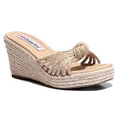 eb6e06e25e Two Lips Too Too Bree Women's Wedge Sandals
