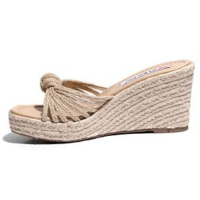Two Lips Too Too Bree Women's Wedge Sandals