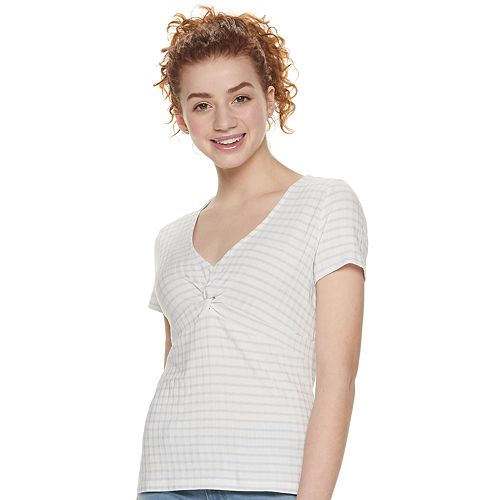 Juniors' Candie's® Twist Front Tee