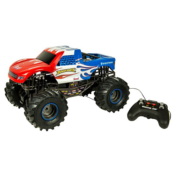 New Bright 1 10 Scale Remote Control Big Foot Monster Truck