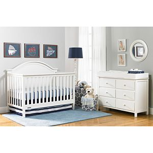 Fisher-Price Liam 4-in-1 Convertible Crib