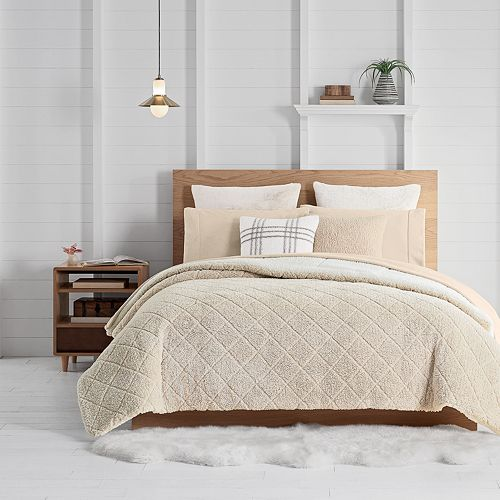 Koolaburra by UGG Jaelyn Comforter