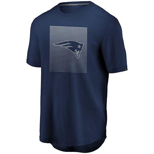 Men's New England Patriots Versa Tech Crewneck Short Sleeve Tee