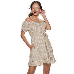 Juniors' Speechless Off the Shoulder Dress