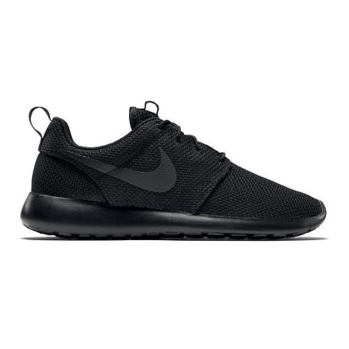 shoes, nike, nike roshe run, roshe runs, black roshe runs