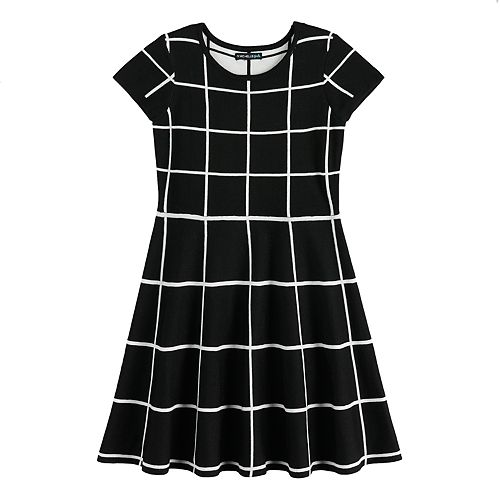Girls 7-16 My Michelle Short Sleeve Sweater Dress