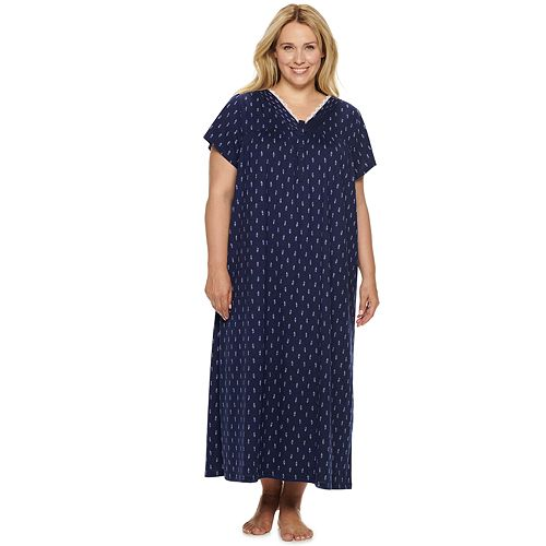Women's Croft & Barrow® Short Sleeve V-neck Lace Gown