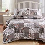 Giulia Quilt & Pillow Sham Set