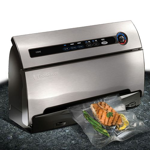 FoodSaver v3840 Vacuum Sealing System with Smart Seal Technology