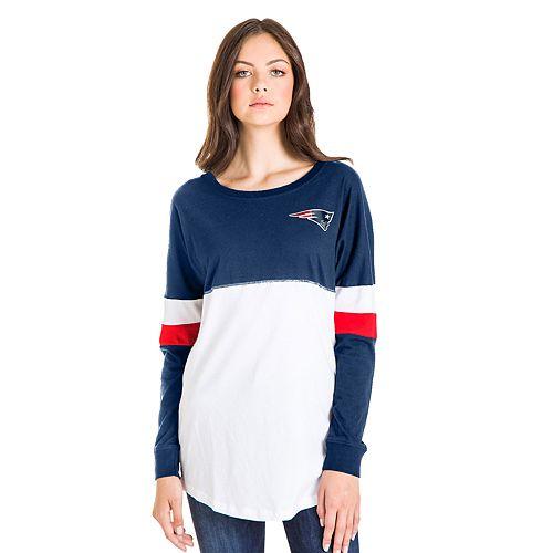 designer fashion cf58b f58b4 Women's New England Patriots Emblem Tee