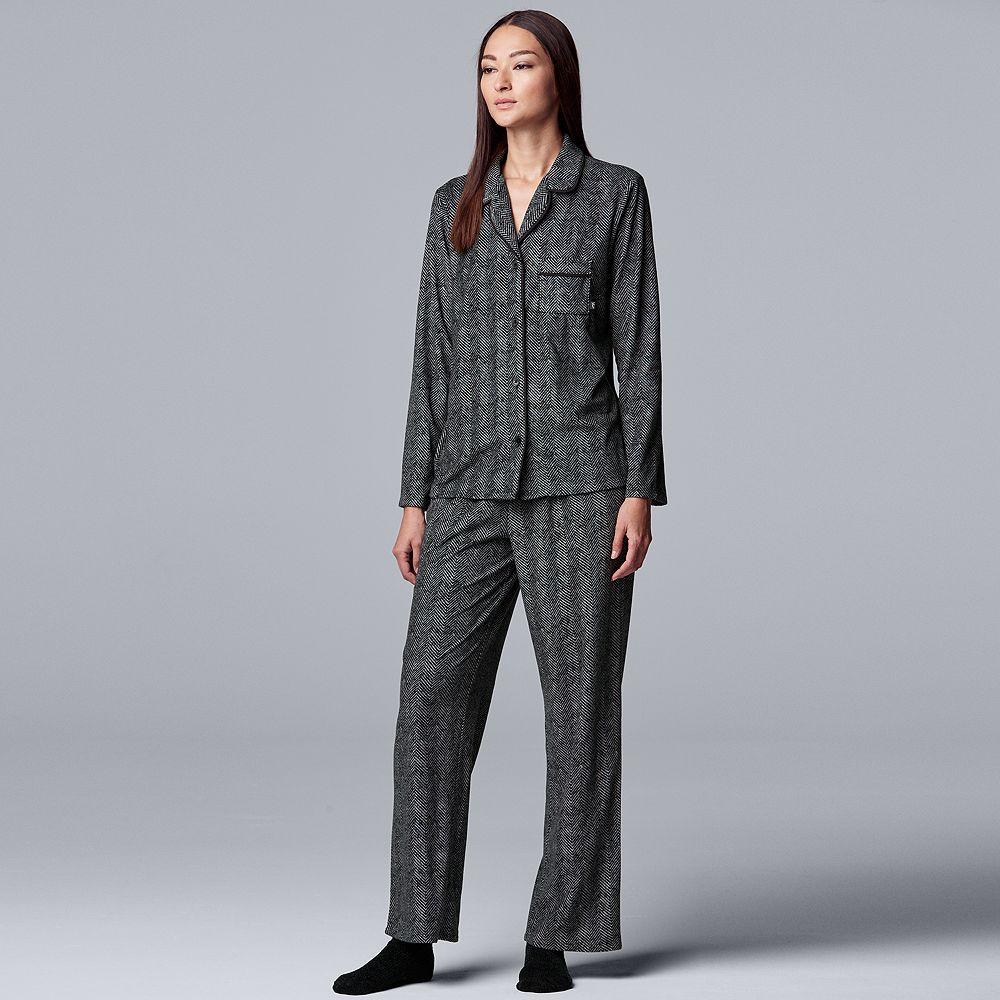 Women's Simply Vera Vera Wang Petite Missy Long Sleeve Velour Notch Collar Pajamas & Socks