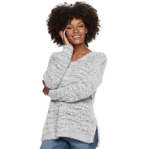 Juniors' So Eyelash Vneck Pullover by So