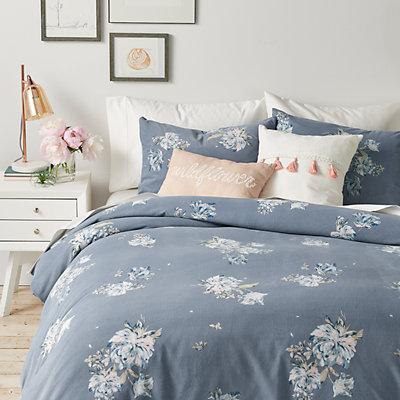 LC Lauren Conrad Taylor Velvet Comforter Set