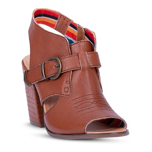 Dingo Stirrup Women's Heels