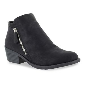 Easy Street Gusto Women's Ankle Boots