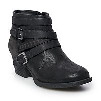 Deals on Mens & Womens Boots On Sale from $9.82