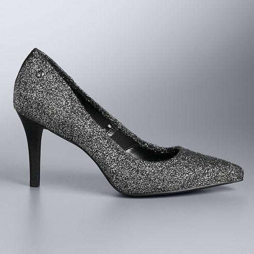 Simply Vera Vera Wang Women's All-Over Stretch Heels