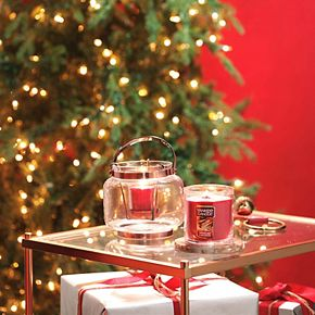 Yankee Candle Sparkling Cinnamon 7-oz. Classic Tumbler Candle