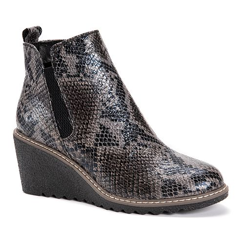 MUK LUKS Dionne Women's Wedge Boots