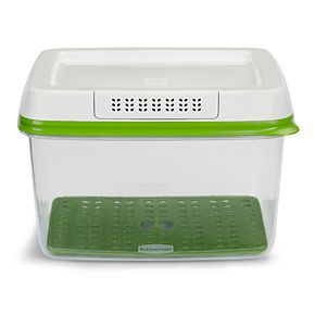 Rubbermaid FreshWorks 17.3-Cup Produce Saver Food Storage Container
