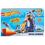 Mattel Hot Wheels Mega Garage Play Set