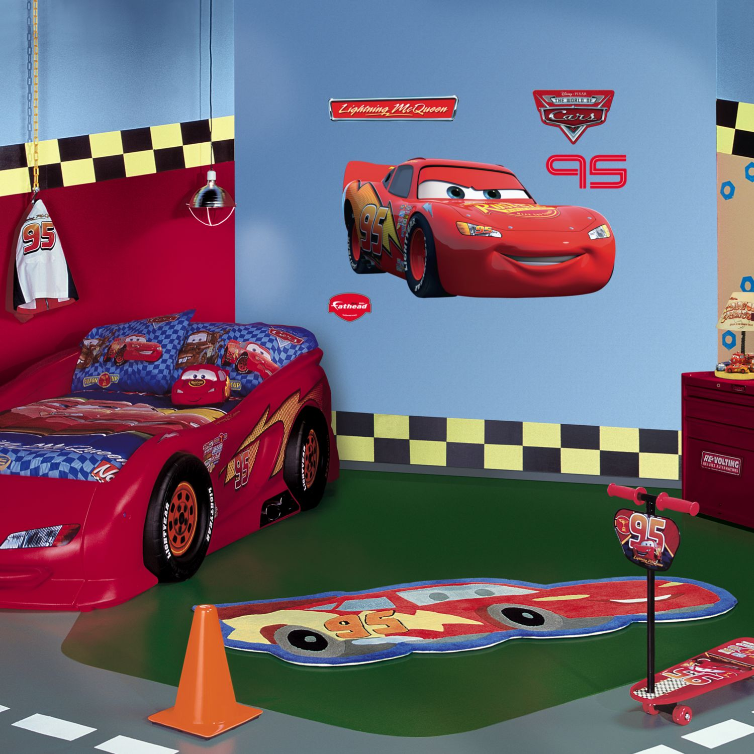 Disney / Pixar Cars Lightning McQueen Wall Decal By Fathead