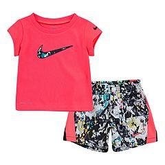 Toddler Girl Nike Dri-FIT Logo Graphic Tee & Splatter Shorts Set