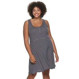 Juniors\' Plus Size SO® Henley Bodycon Skater Dress