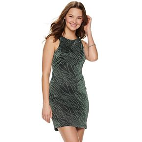 Juniors' Speechless Sleeveless Fitted Metallic Knit Dress