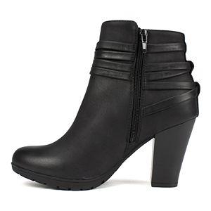 Rialto Spade Women's Ankle Boots
