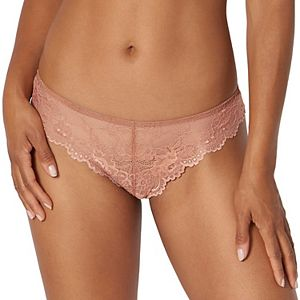 Women's Triumph Tempting Lace Thong Panty 82559