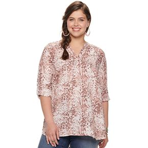 Juniors' Plus Size Liberty Love Ladder Trim Henley Popover Top