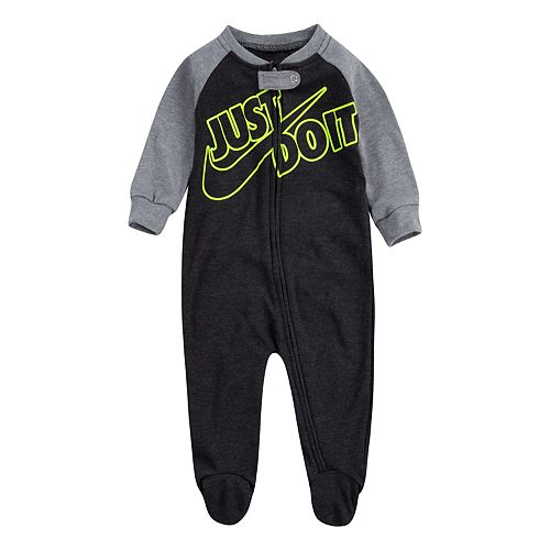 "Baby Nike ""Just Do It"" Sleep & Play"