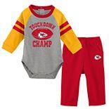 Baby Boy Kansas City Chiefs Touchdown Bodysuit & Pants Set