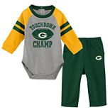 Baby Green Bay Packers Touchdown Bodysuit & Pants Set