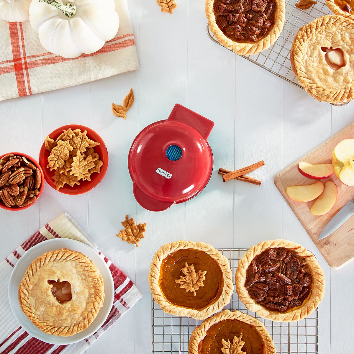 Dash Mini Pie Maker Aqua K0GRx
