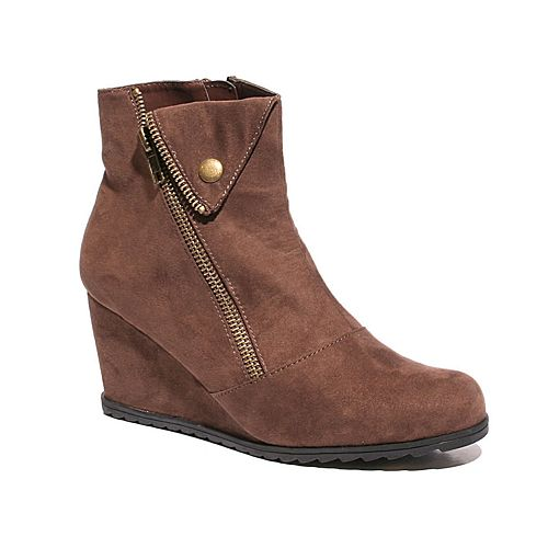 Two Lips Too Nash Women's Wedge Ankle Boots