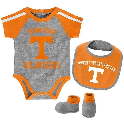 Baby Boy Tennessee Volunteers Tackle 3-Piece Bodysuit Set