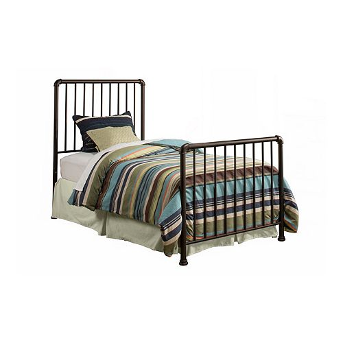 Hillsdale Furniture Brandi Bed Set with Bed Frame