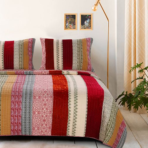 Greenland Home Marley Cranberry Quilt Set