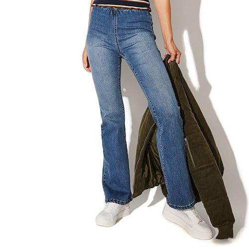 Juniors' Vylette™ Pull-On Flare Denim Jeans