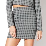 Juniors' Vylette Stretch Check Mini Skirt