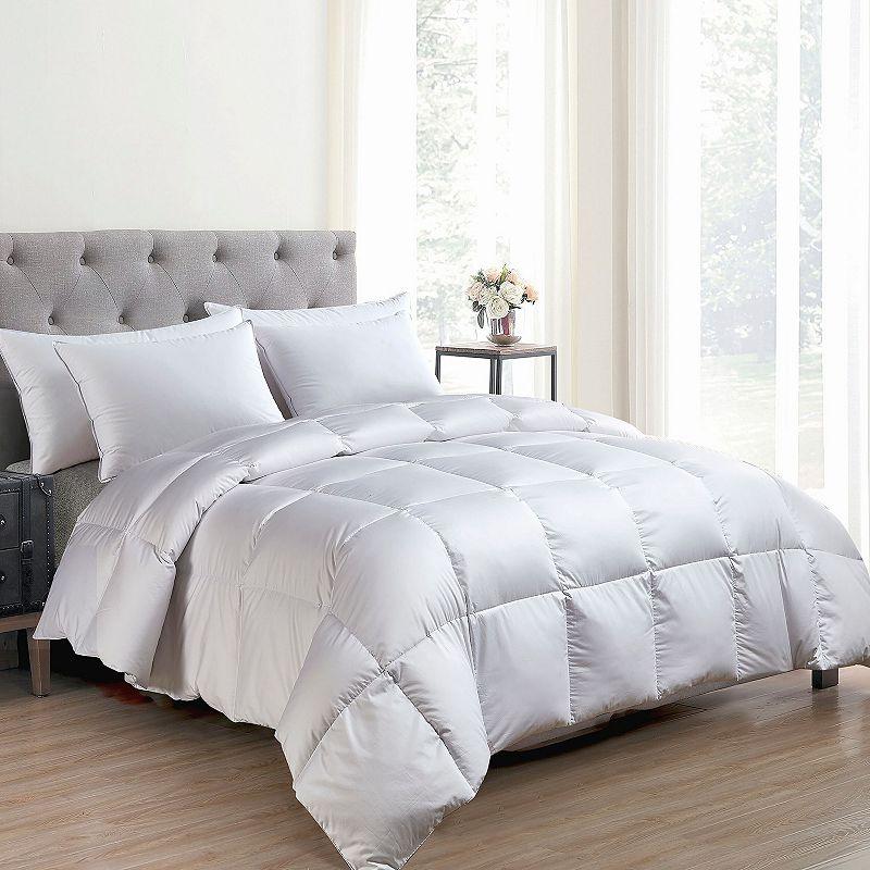 Hotel Suite Light Warmth Down-alternative Comforter. White. Full/Queen